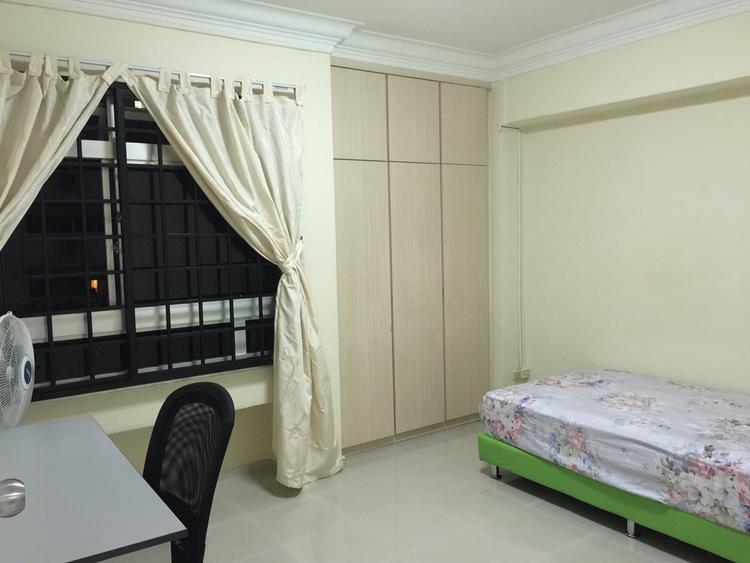 211 Pasir Ris Street 21